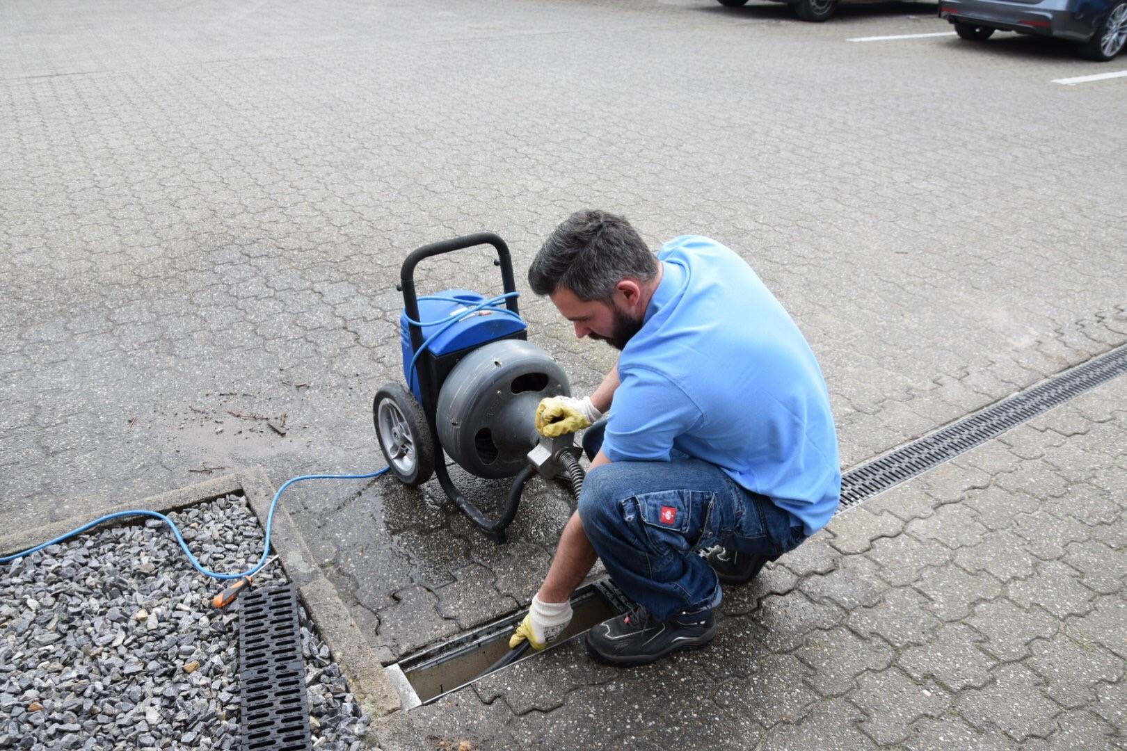 Mitarbeiter Rohrreinigung Seeberger